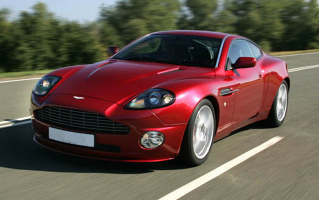 Aston Martin Vanquish 2005