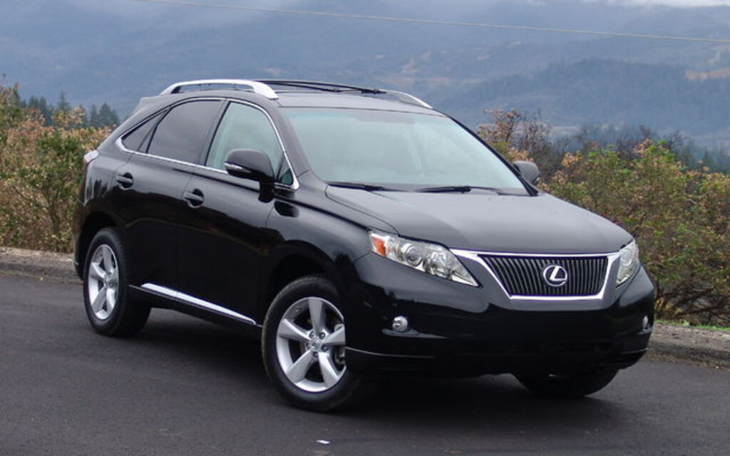 lexus rx350 and rx450h as important as the corolla the car guide. Black Bedroom Furniture Sets. Home Design Ideas