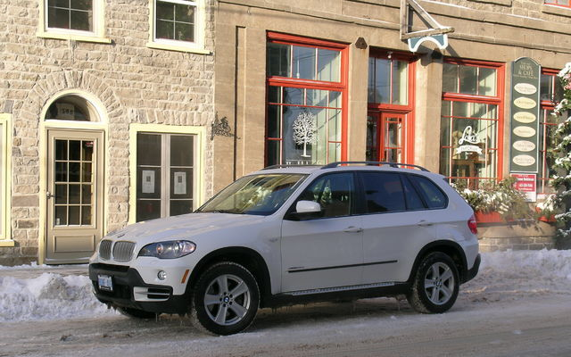 BMW X5 xDrive35d: Luxuriously Sparkplugless - The Car Guide