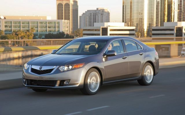 2010 Acura TSX V-6 makes Canadian debut at Vancouver International