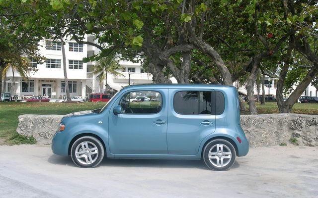 nissan canada annonce le prix du cube 2009 guide auto. Black Bedroom Furniture Sets. Home Design Ideas