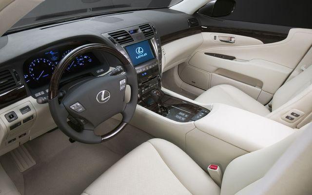 https://i.gaw.to/photos/0/2/4/024477_2009_Lexus_LS.jpg