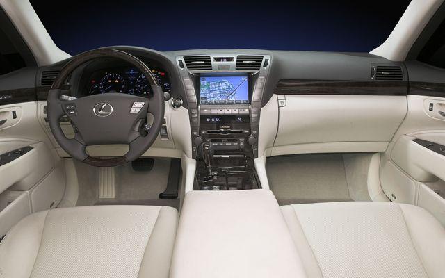https://i.gaw.to/photos/0/2/4/024478_2009_Lexus_LS.jpg