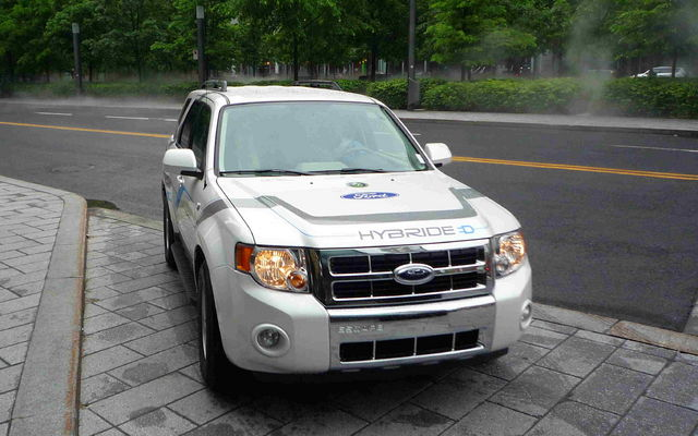 Ford Escape Hybrid Rechargeable