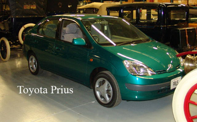 Toyota Prius. Musée Sciences et Technologie Ottawa.
