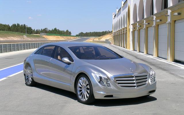 mercedes benz f700 la voiture de demain devenue r alit guide auto. Black Bedroom Furniture Sets. Home Design Ideas