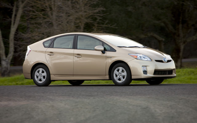 the futurewow 2010 toyota prius now available now for. Black Bedroom Furniture Sets. Home Design Ideas