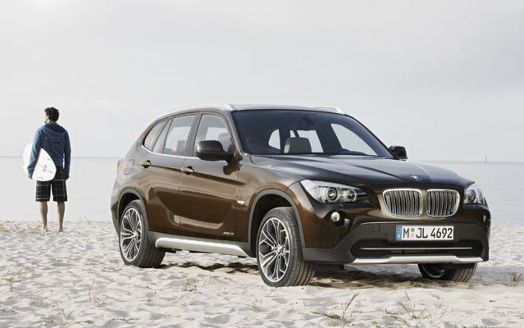 le nouveau bmw x1 dans sa livr e nord am ricaine guide auto. Black Bedroom Furniture Sets. Home Design Ideas