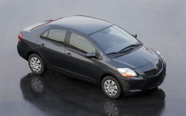 toyota yaris sedan 2010 model
