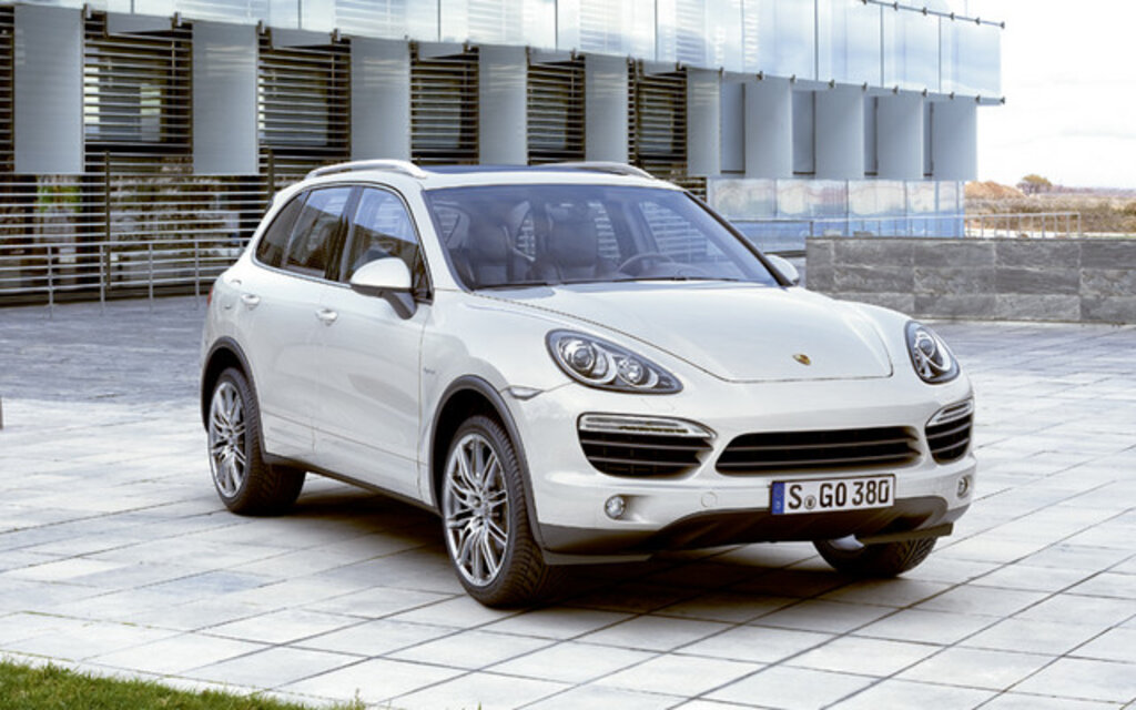 porsche cayenne 2011 avec motorisation hybride intelligente guide auto. Black Bedroom Furniture Sets. Home Design Ideas