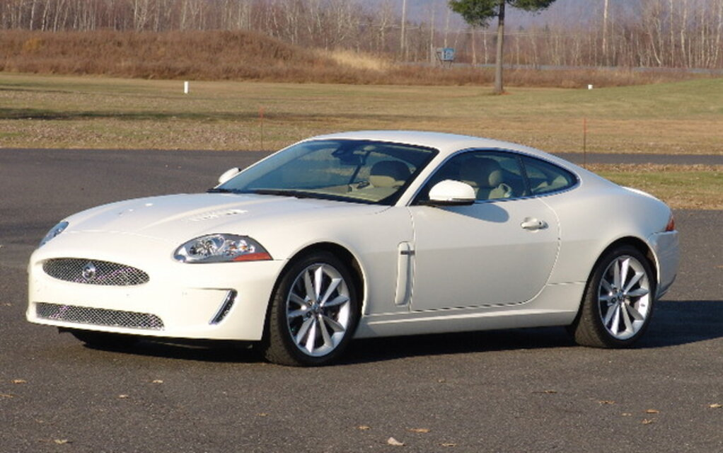 The Jaguar XKR: The cat is out of the bag - The Car Guide