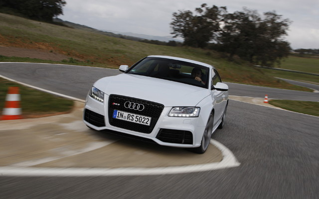 2011 Audi Rs5 A V8 With 450 Hp The Car Guide
