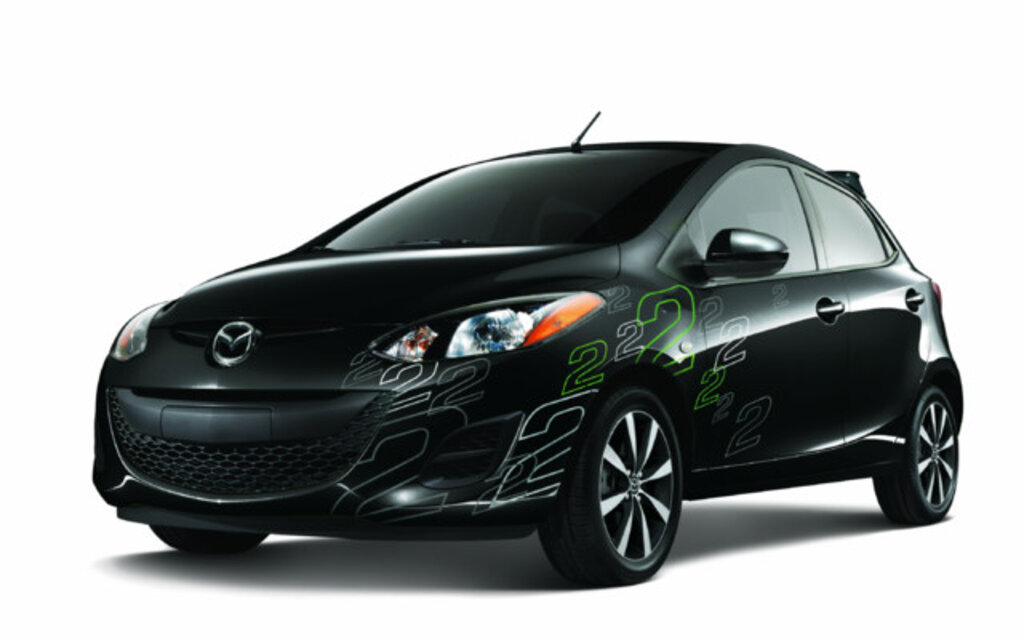 mazda2 dition yozora 2011 exclusive au march canadien guide auto. Black Bedroom Furniture Sets. Home Design Ideas