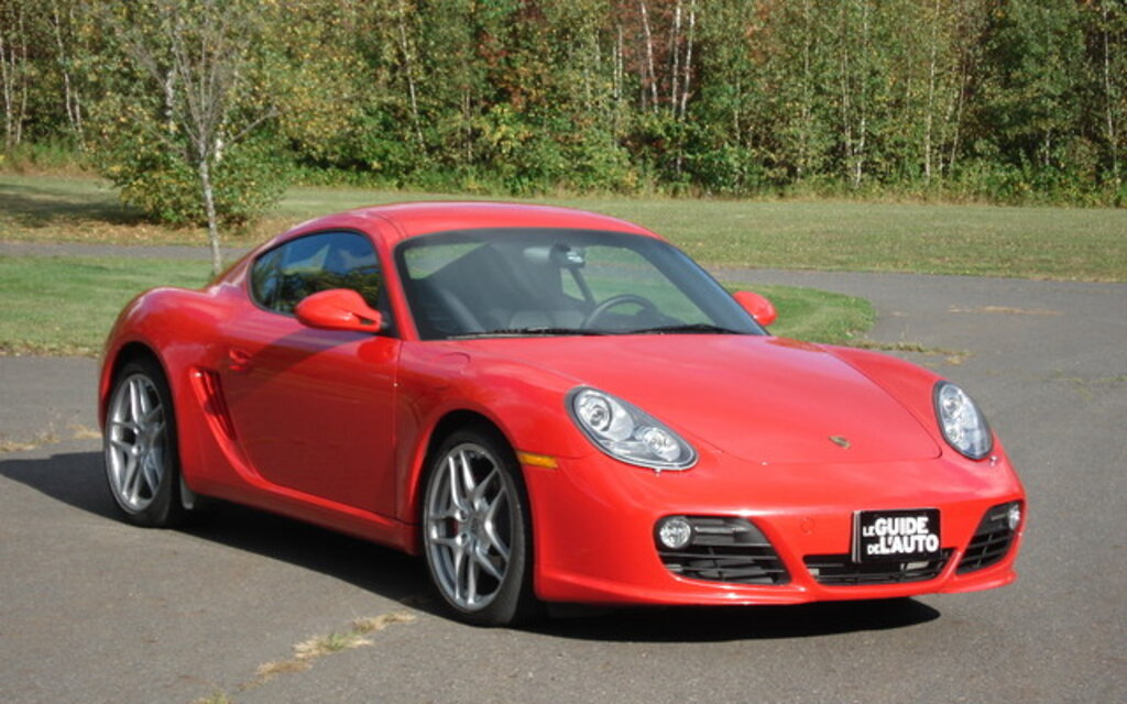 the 2010 porsche cayman s life is good the car guide. Black Bedroom Furniture Sets. Home Design Ideas