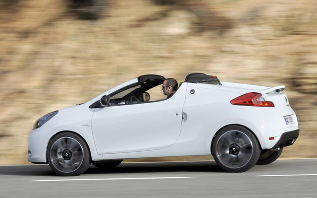 2011 Renault Wind Is One Cool Convertible 45