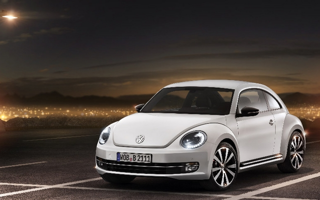 volkswagen beetle 2012 vw a d f minis sa coccinelle guide auto. Black Bedroom Furniture Sets. Home Design Ideas