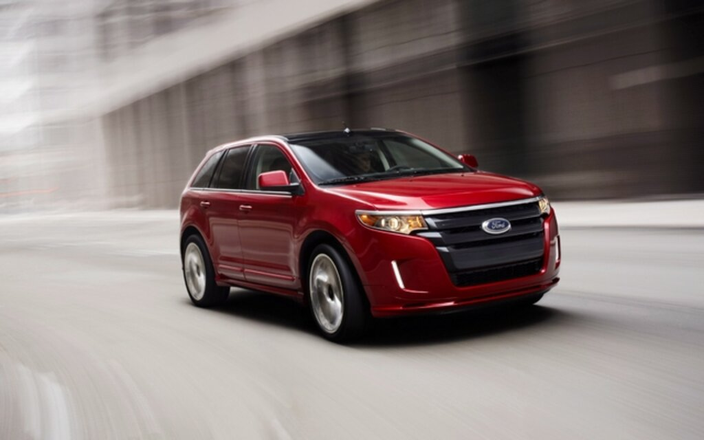 ford edge with new ecoboost 2 0l engine delivers 43 mpg. Black Bedroom Furniture Sets. Home Design Ideas