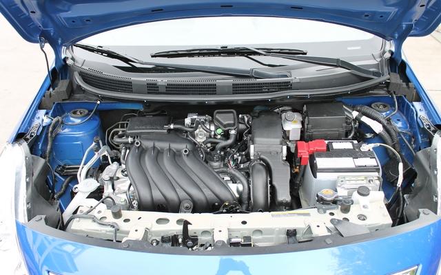 Nissan Versa berline 2012. Quatre cylindres 1,6 litre