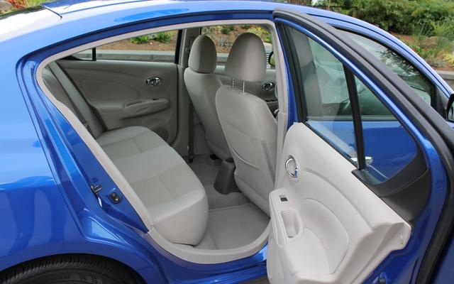 Nissan Versa berline 2012