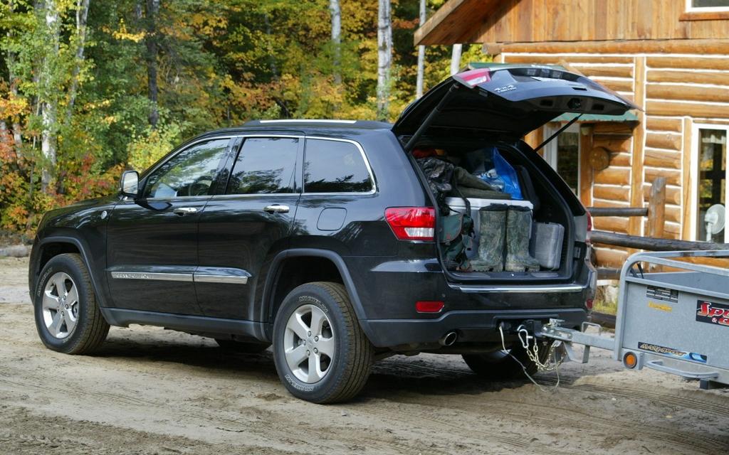 Jeep Cherokee 2011 >> Jeep Grand Cherokee 2011- Opération chasse à l'original - 3/7
