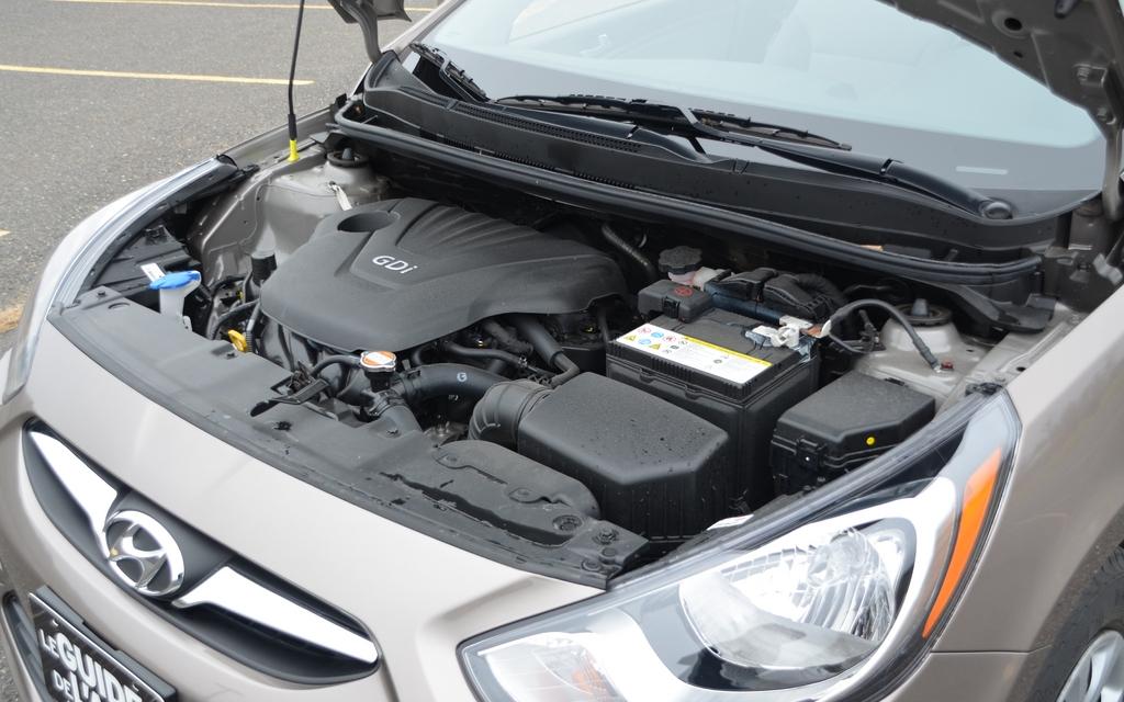 2012 Kia Rio5 Vs Hyundai Accent Quarrelling Twins 6 16