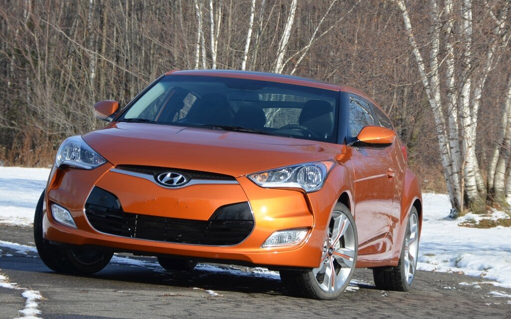 hyundai veloster 2012 veloster comme dans v locit guide auto. Black Bedroom Furniture Sets. Home Design Ideas