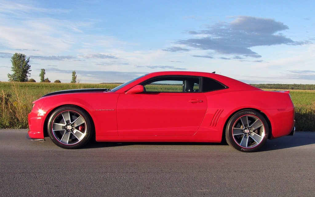The Slp Camaro Zl585 A Muscle Car That Devours Curves 2 44