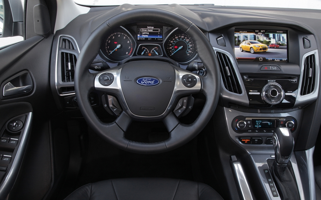 Ford Focus Reviews >> He Said, She Said: Test driving the 2012 Ford Focus - 5/11
