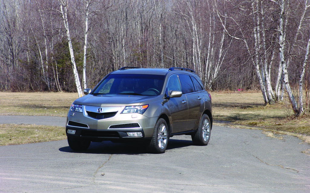 acura mdx 2011 un rapport quipement prix tr s favorable guide auto. Black Bedroom Furniture Sets. Home Design Ideas