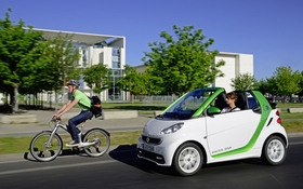 smart fortwo electric drive la voiture lectrique la moins ch re au pays guide auto. Black Bedroom Furniture Sets. Home Design Ideas