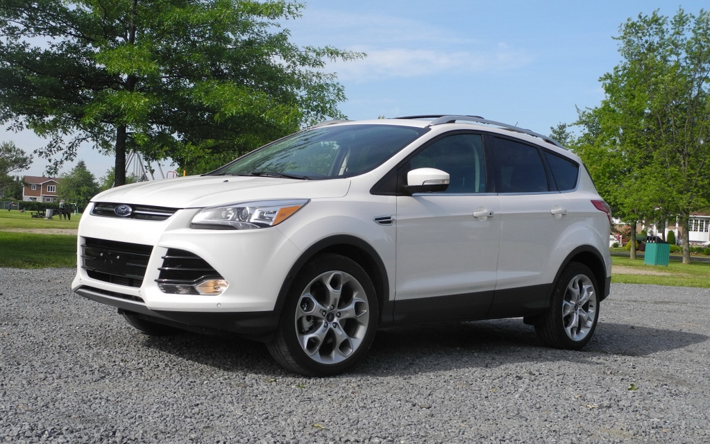 2013 ford escape modern and technically advanced the car guide. Black Bedroom Furniture Sets. Home Design Ideas