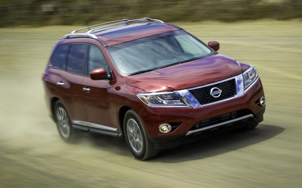 nissan launches reinvented 2013 pathfinder more style comfort room innovation and best in. Black Bedroom Furniture Sets. Home Design Ideas