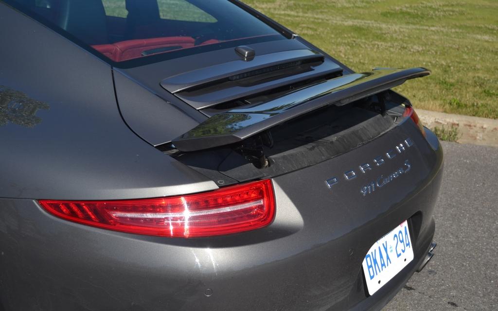 Porsche 911 Carrera S An Engineering Masterstroke 12 17