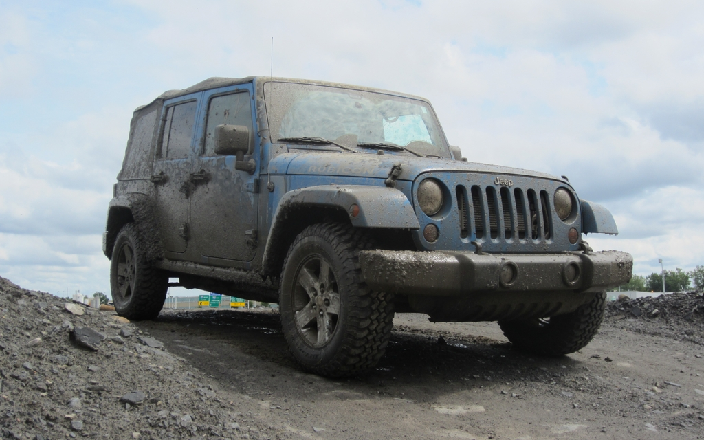 Jeep Wrangler Dealers >> 2012 Jeep Wrangler Unlimited Rubicon: You Can Get There From Here - 1/10