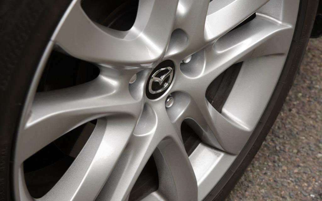 2014 Mazda6 Sophisticated Line Up 6 21