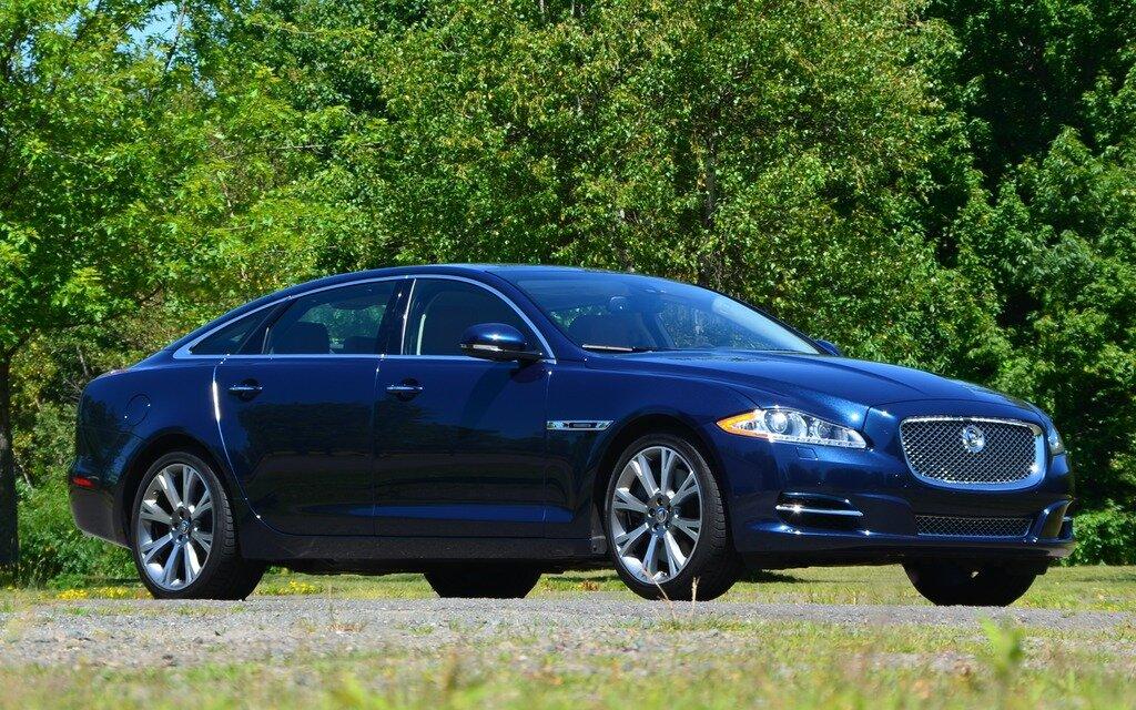 2012 jaguar xjl supercharged jaguar unleashed the car guide. Black Bedroom Furniture Sets. Home Design Ideas