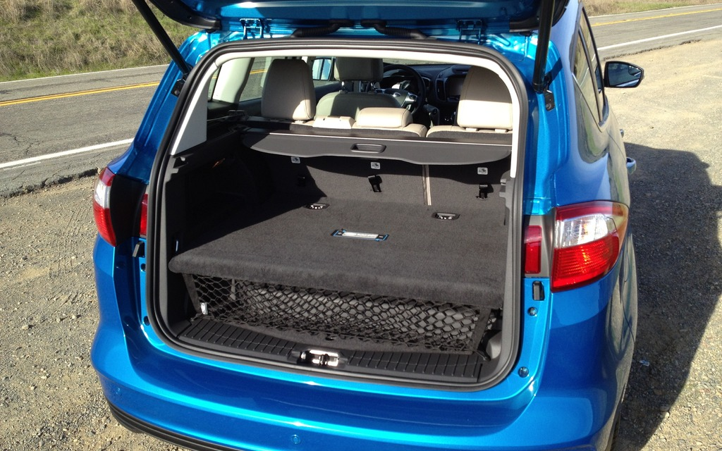 Ford C Max Cargo Space >> 2013 Ford C Max Energi A Second Assault Against The Prius 7 12