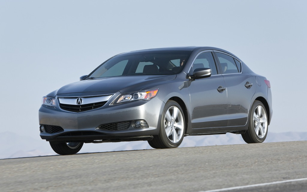 2013 Acura Ilx Worthy Of The Emblem The Car Guide