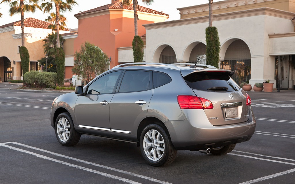 High Quality 2013 Nissan Rogue S AWD: Practical Utility In A Plain Wrapper