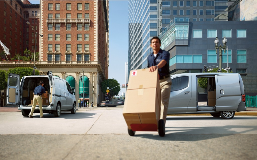 Nissan NV200 cargo compacte 2013