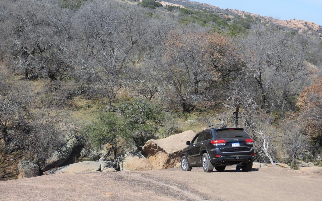 Jeep Grand Cherokee Ecodiesel >> 2014 Jeep Grand Cherokee EcoDiesel: Near-Luxury Efficiency - 6/26
