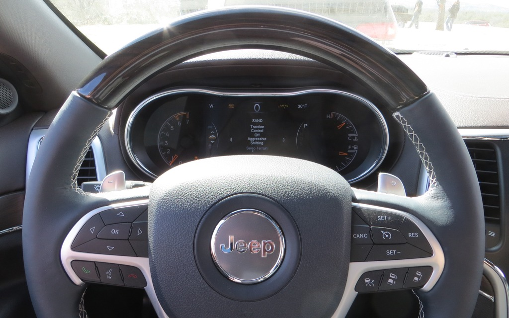 2014 Jeep Grand Cherokee EcoDiesel: Near-Luxury Efficiency