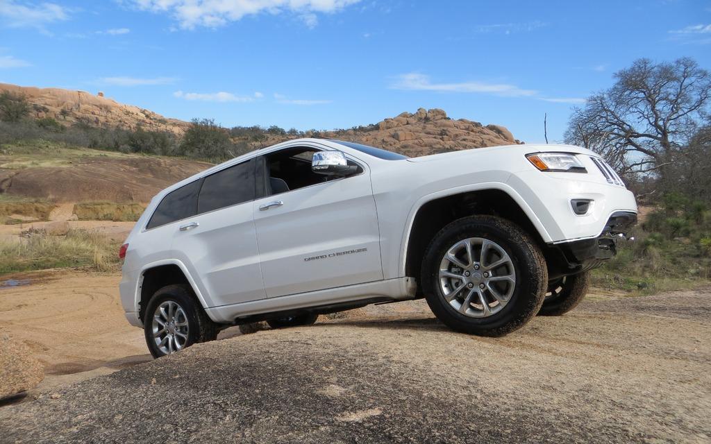 2014 Jeep Grand Cherokee EcoDiesel: Near-Luxury Efficiency - 16/26