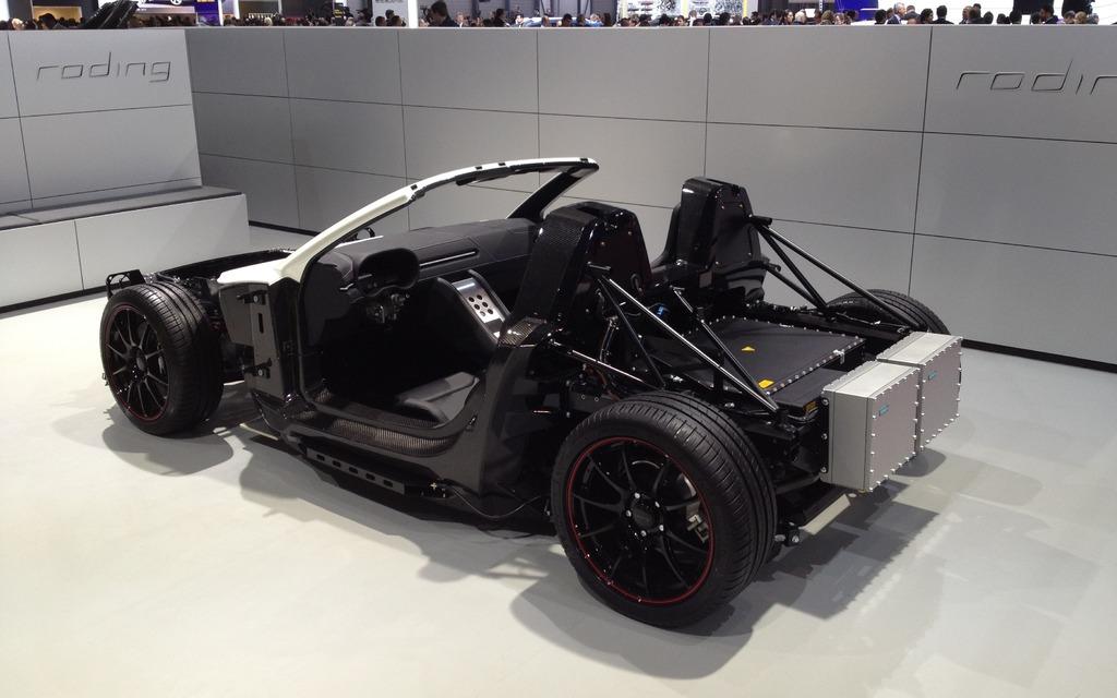 2013 Geneva Auto Show - 38/45