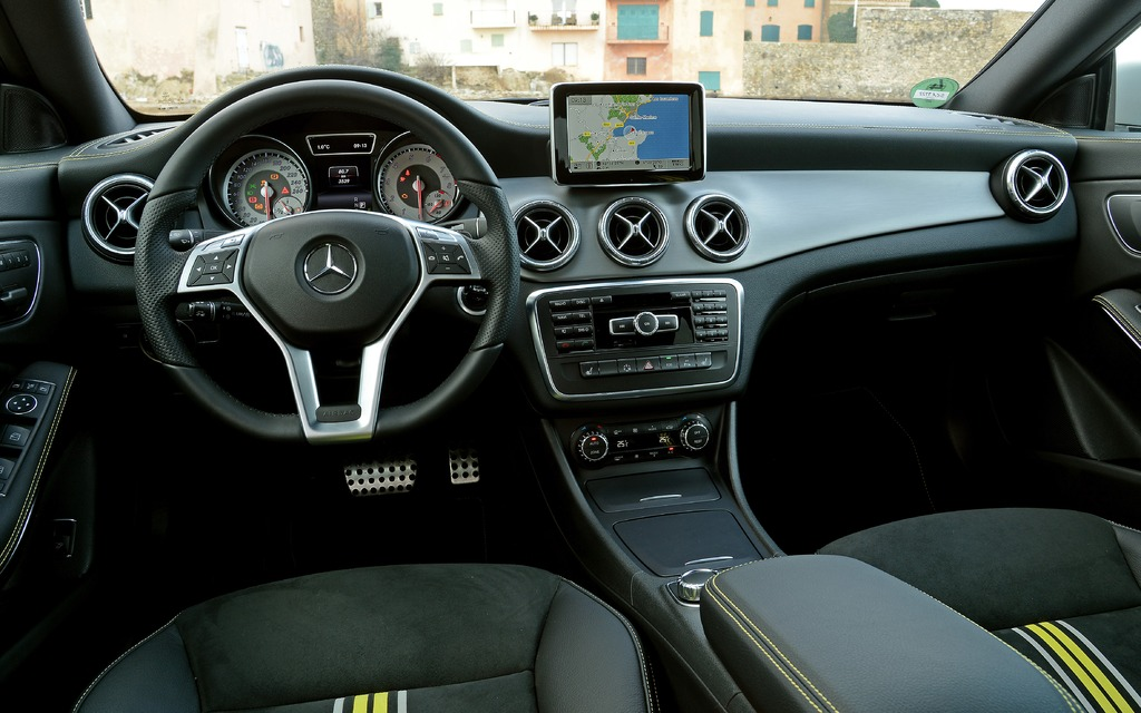 2014 mercedes benz cla class a smaller cls 15 21. Black Bedroom Furniture Sets. Home Design Ideas