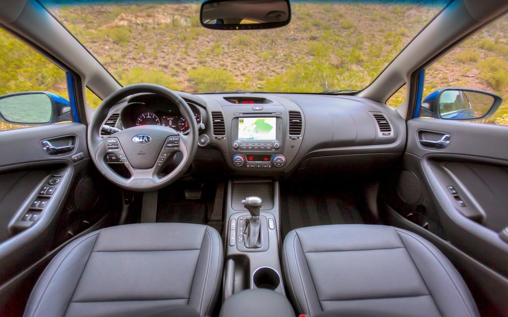 Interieur auto  Les 10 meilleurs intérieurs en 2013 de Ward's Auto World - 6/10