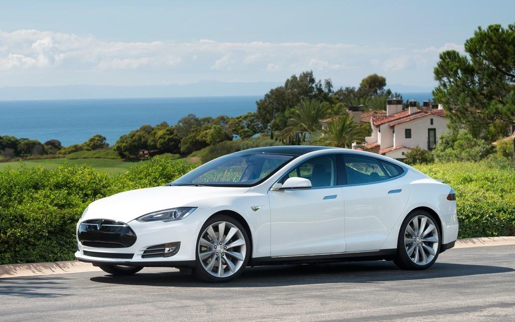 Tesla S. Pour impressionner Jacques Duval, faut qu'elle soit bonne!!!