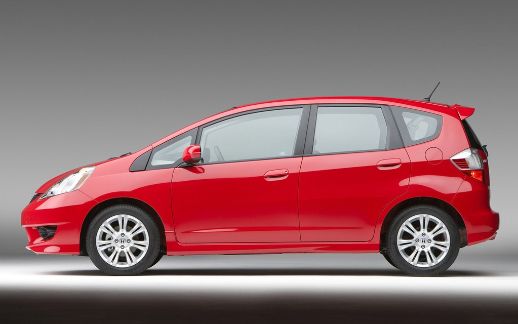 The Honda Fit is involved in a window switch recall.
