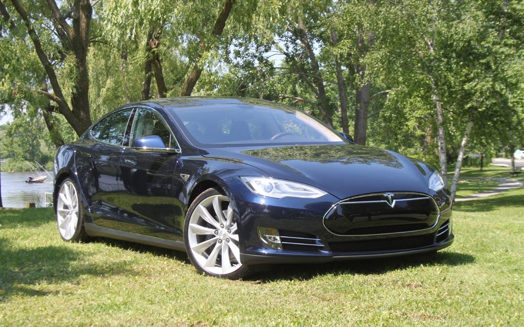 La Tesla S P85 a fait fondre le coeur de Jacques Duval