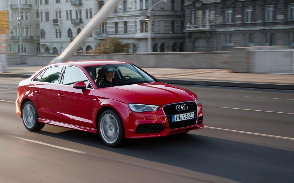 La Audi A4 2015 de troisième génération monte en gamme